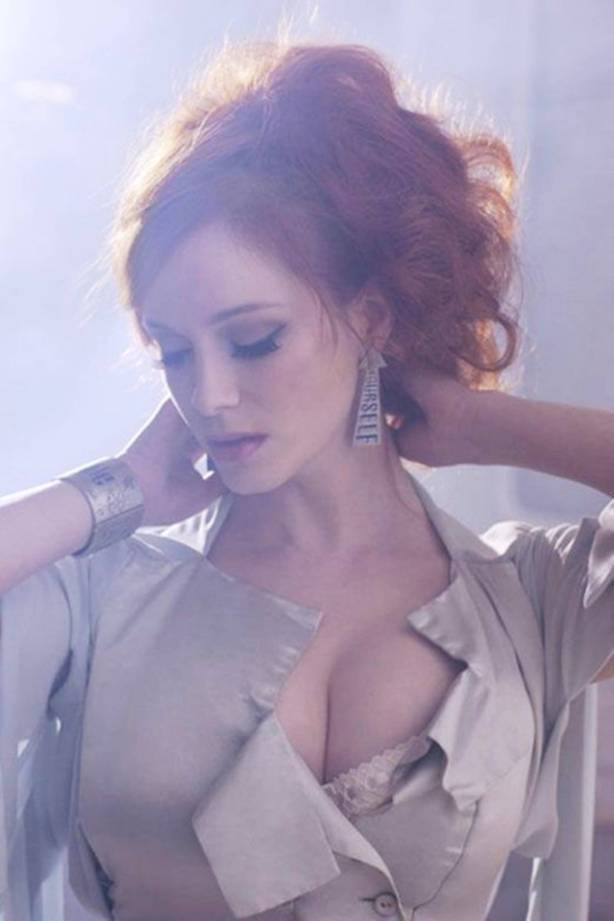 Christina-Hendricks-7